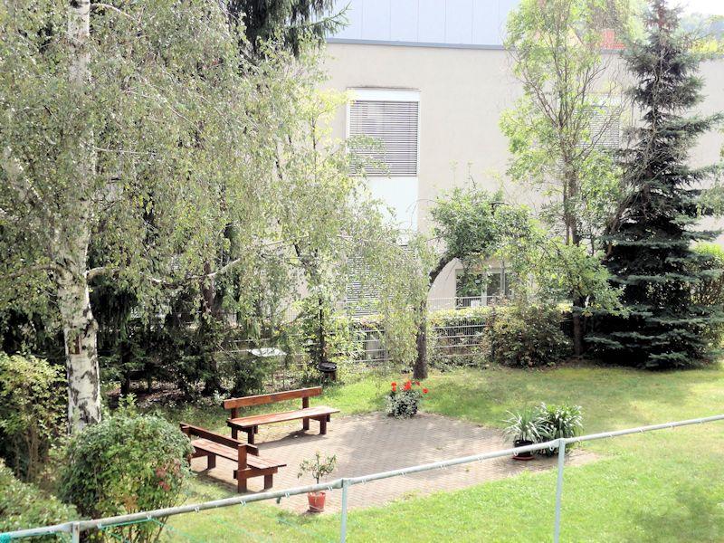 Krönerstraße 9, Innhofansicht mit Sitzecke