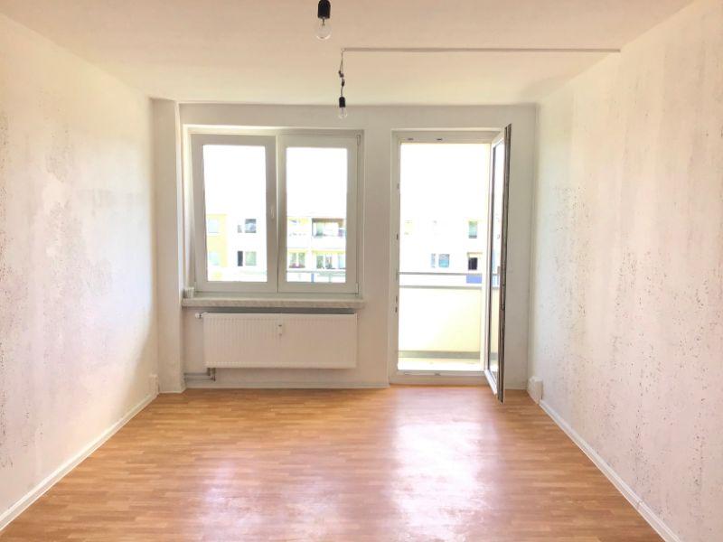 Heinrich-Heine-Straße 5e, Freital-Zauckerode, Wohnzimmer