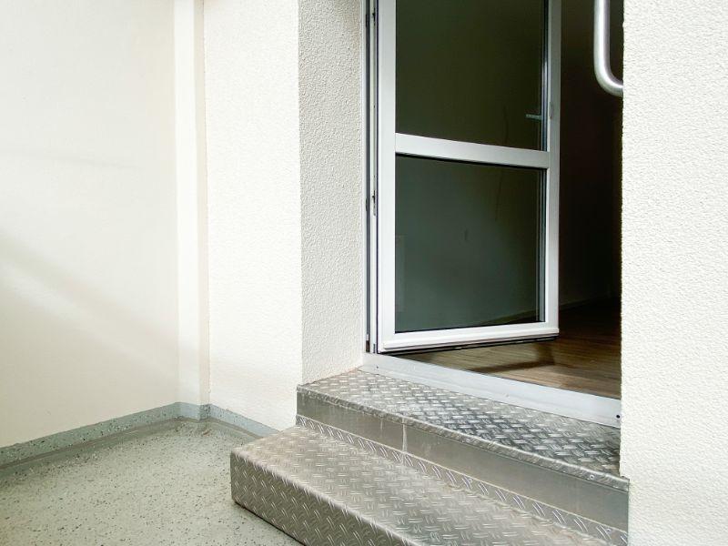 Treppe zum Balkon