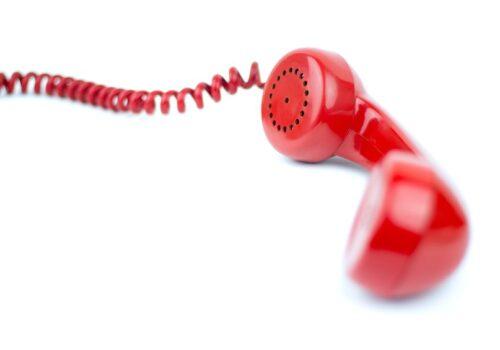 SOS, Telefonnummern, Foto Clipdealer.
